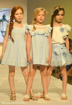Vestidos bonitos para niña ·  FOQUE  MODAINFANTIL  PRIMAVERAVERANO2018   FIMI  KIDSFASHIONWEEK  DESFILEMODAINFANTIL  PASARELA  MODA 5e5bdfe4b4d5