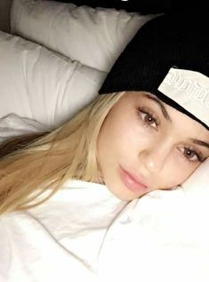 Image about beauty in kylie jenner by emily on We Heart It Kylie Jenner Daily, Looks Kylie Jenner, Estilo Kylie Jenner, Kylie Jenner Style, Kendall And Kylie, Kendall Jenner, Kardashian Style, Kardashian Kollection, Kardashian Jenner