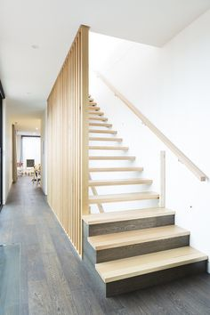 Stairs | Victorian Ash | Timber | Stained | Slat Balustrade | Cantilevered | Floating | Architecture | Interior Design