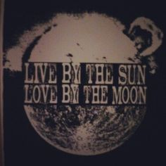 Heck, I think you should love by the sun and the moon. Cool Words, Wise Words, Quotes To Live By, Me Quotes, Good Vibe, Word Up, It Goes On, Look At You, Stars And Moon