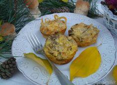 Makaronowe muffinki z grzybami. Breakfast, Party, Food, Fiesta Party, Meal, Essen, Parties, Direct Sales Party, Morning Breakfast