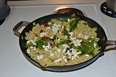 Lemon and Artichoke Pasta with fresh vegetables and cheeses. #WeekdaySupper