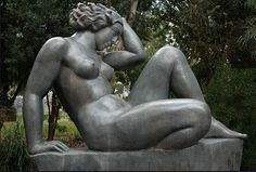 mountain-by-Aristide-Maillol