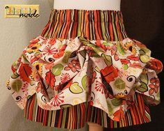 """such a fun """"puffle"""" bustle skirt with a great tutorial for sewing"""