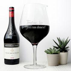 Personalised-Jumbo-Wine-Glass-Fits-2-Bottles-of-Wine-Decanter-Christmas-Present