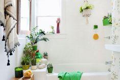 Best tile designs for small bathrooms bathroom storage ideas 2017 guest bath decorating great Bathroom Window Coverings, Bathroom Windows, Bathroom Plants, Bathroom Wall Decor, Bathroom Interior, Bathroom Ideas, Bathroom Updates, Kitchen Plants, Kitchen Windows