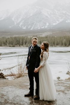 This beautiful mountain wedding at Pyamid Lake Resort in Jasper was adventurous, and real. The overcast mountain weather helped give this wedding a moody vibe. To see more of this Jasper wedding visit Teller of Tales Photography. Wedding Groom, Wedding Couples, Wedding Photos, Wedding Ideas, Bride And Groom Pictures, Lake Resort, Wedding Photography Inspiration, Maid Of Honor, Couple Photography