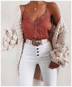 schöne Sommeroutfits - Kleidung ideen - Fash' ☂️ - 30 beautiful summer outfits Find the most beautiful outfits for your summer look. The post 30 beautiful summer outfits appeared first on clothing ideas. Fashion Mode, Look Fashion, Fashion Outfits, Womens Fashion, Fashion Clothes, Fall Fashion, Fashion Ideas, Fashion Brands, Fashion Accessories