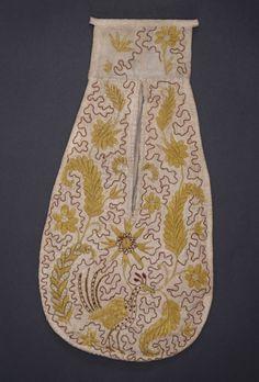 Woman's Pockets England, mid-18th century Costumes; Accessories Silk, linen 15 1/2 x 8 in. (39.37 x 20.32 cm) Mrs. Alice F. Schott Bequest (...