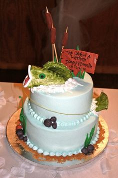 LOVE LOVE LOVE this cake!!  Perfect for Matthew and me!!!!