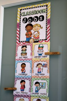 Simply choose the jobs you like hang on your classroom wall. Editable cards included for you to use your own fun job terms if you prefer:) Preschool Classroom Jobs, Classroom Job Chart, Classroom Helpers, Classroom Routines, Classroom Walls, New Classroom, Preschool Job Chart, Classroom Themes, Classroom Organisation