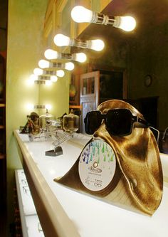 Face upcycled from vinyl record and painted into gold Old Vinyl Records, Studio Interior, Bath Caddy, Budapest, Upcycle, Face, Gold, Vintage, Design