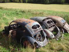 Volkswagen – One Stop Classic Car News & Tips Auto Volkswagen, Vw T1, Van Vw, Kdf Wagen, Vw Vintage, Abandoned Cars, Abandoned Places, Abandoned Vehicles, Rusty Cars