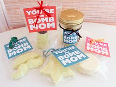 DIY Bath Bombs Mother's Day Gift and free printable tags
