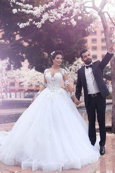 2016 Lace Appliques Arabic Ball Gown Wedding Dresses Tulle Long Sleeves  Vestidos Organza Menyasszonyi Ruhák 898fbb981e