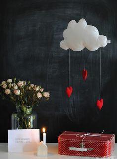 nuage/ coeurs guirlande - cloud and hearts mobile