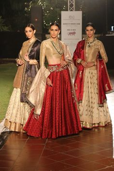 Based in Mumbai, Bridelan is a boutique bridal styling company that offers personal shopping, fashion styling and luxury consultancy services for South Asian and Indian weddings. Indian Lehenga, Indian Attire, Indian Ethnic Wear, Indian Wedding Outfits, Indian Outfits, Bridal Outfits, Indian Clothes, India Fashion, Asian Fashion
