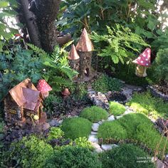 Fairy Gardens have become popular across the lands ~in all sizes and shapes! I think this is a wonderful eventuality indeed. My fi. Small Gardens, Outdoor Gardens, Indoor Outdoor, Fairy Gardens, Outdoor Decor, Mini Gardens, Small Garden Fairies, Bonsai Garden, Fairy Land