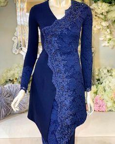 Kebaya Hijab, Kebaya Dress, Kebaya Muslim, Couture Dresses Gowns, Women's Fashion Dresses, Dress Outfits, Unique Dresses, Lovely Dresses, Trendy Dresses
