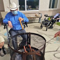 Residents at Dr. Hemstock Residence in Lloydminster took advantage of the beautiful September weather by having a hot dog roast! 😀🌭 #vervecares #community #goodtimes #celebration #summervibes