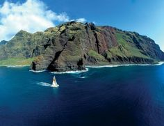 We're excited to take a catamaran cruise up the #Napali Coast in #Kauai on our Heart and Soul Journey to Kauai! #SpiritQuestTours