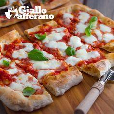 Focaccia Pizza, Genere, Hawaiian Pizza, Bread, Cheese, Food, Eten, Bakeries, Meals