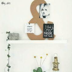 Best-budget-buy; dit prikbord in de vorm van een &-teken (30 x 45 cm) is te koop bij Kwantum voor 6. Bedankt dat ik je foto mocht delen @by_alies!