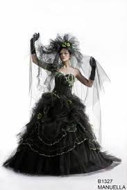 """Résultat de recherche d'images pour """"robe de mariee gothique"""""""