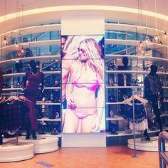 Interior loja Riachuelo em São Paulo! #riachuelooscarfreire  #riachuelo #oscarfreire #conceito #saopaulobrasil #saopaulo #moda