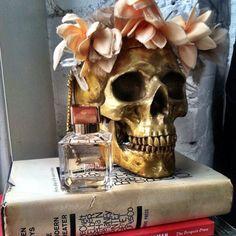 Gold skull, reuse, recreate.