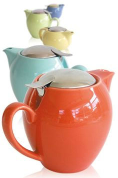 I have several of this style teapots in different sizes and colors.  My favorite is the one my Mom (now gone) gave me .... pumpkin color for 6 cups.