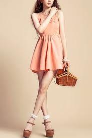 I love bright colored dresses!