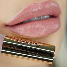 """Wearing Gerard cosmetics new hydra matte lippie in """"Mile High"""" Nicol Concilio, Gerard Cosmetics, Lip Swatches, Lip Art, Matte Lips, Lip Liner, Makeup Inspo, Lipsticks, Liquid Lipstick"""