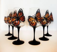 Monarch Butterfly Wine Glasses – set of 6 – hand painted – 20 oz large wine glasses ©
