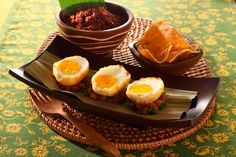 #Sambal #Goreng Telor met boontjes.  Indonesische pittige #eieren
