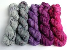 Hand dyed yarn set, 5 skeins dyed to order, custom sets, shawl knitting, sweater knitting, jumper knitting, gradient, sock or sparkle yarn by FeltFusion on Etsy