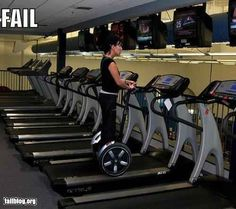 This lady who chose the easy path. | 27 People Who Have Totally Mastered The Gym