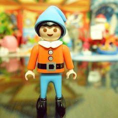 #playmobil 밤새 선물 배달 완료 ^^ 즐거운 성탄 되시길요~