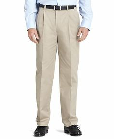 Thompson Fit Pleat-Front Lightweight Advantage Chinos® - Brooks Brothers