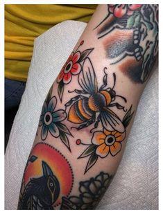 Cute Tattoos, Leg Tattoos, Body Art Tattoos, Tatoos, Traditional Tattoo Bee, Traditional Tattoo Leg Sleeve, Traditional Tattoo Meanings, Neo Traditional Art, Traditional Tattoo Inspiration