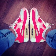 Nike Wmns Air Max 90 Hot Punch White Pink Beach