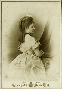 Princess Pallavicini. Wien, mid 1870s.