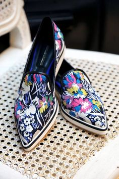 46 Colorful Summer Shoes To Rock Your Summer Style - Schöne schuhe - Shoe Women's Shoes, Me Too Shoes, Shoe Boots, Shoes Sneakers, Flat Shoes, Shoes Style, Buy Shoes, Casual Shoes, Pretty Shoes