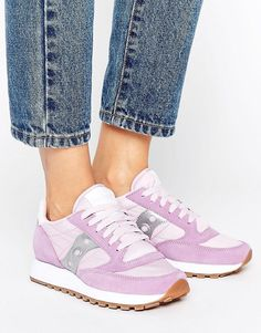 SAUCONY EXCLUSIVE JAZZ ORIGINAL SNEAKERS IN LILAC & SILVER - PURPLE. #saucony #shoes #