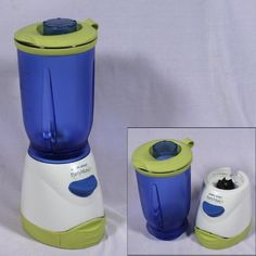 Ah, the battery blender. We actually owned this model and used it for Hurricane Georges. Best Juicer, How To Make Smoothies, Best Blenders, Juicing Benefits, Oclock, Keurig, Food Preparation, Beach Trip, Household Items