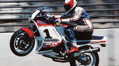 "Honda VFR 750 RC24 ""Interceptor"". I believe this is ""Flying Fred"" Merkel..."