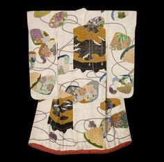Taisho Wedding Robe.  Taisho period (1912-1927), Japan.  The Kimono Gallery.  A large and impressive rinzu silk uchikake featuring large 'kai-oke ' (clam shell container for the aristocracy) and painted shell motifs.