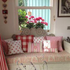 Liv's Swedish Home..so pretty!