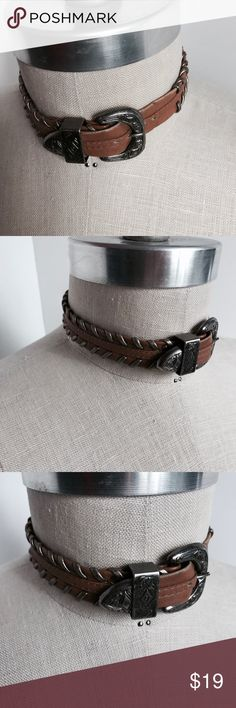 Vintage brown leather choker Brown leather vintage choker with silver western details Jewelry Necklaces