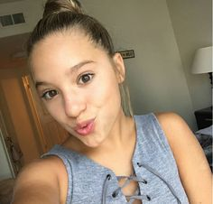 """""""I'm Mackenzie call me kenz I'm 15 and taken Im bi I dance sing model and act my best friend is Jojo! Maddie And Mackenzie, Mackenzie Ziegler, Maddie Ziegler, Mack Z, Dance Mums, 3 Strikes, Dance Sing, Dance Moms Girls, Celebration Quotes"""